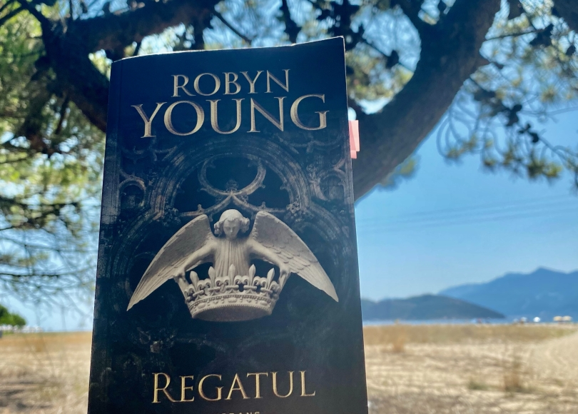 The Insurection trilogy book review Robyn Young